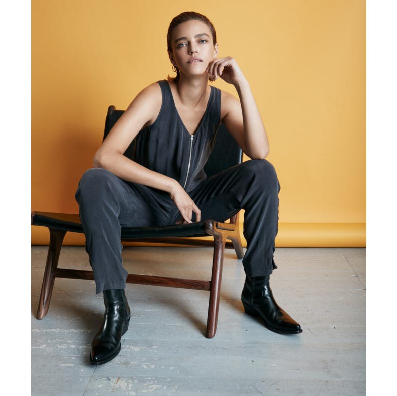Carolyn_light_drape_jumpsuit_charcoal_black_sort