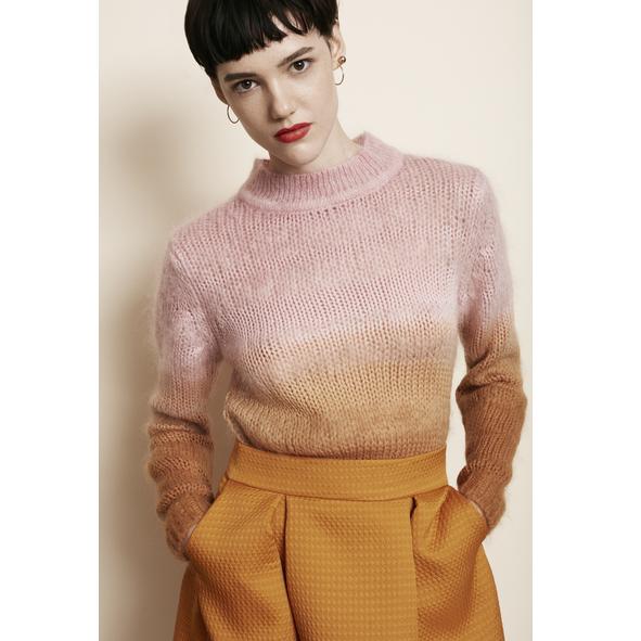 Rabens_Saloner_Strik_Dip_Dye_Pink_Orange